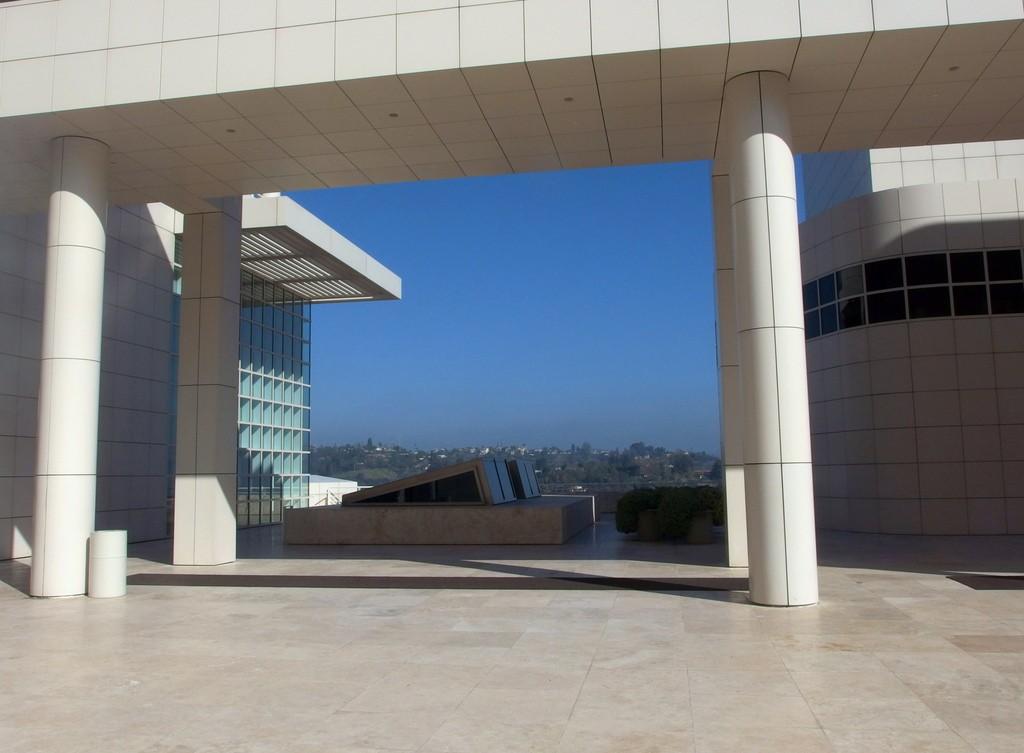 Centrum Gette'ego widok na Los Angeles by Dorota Kunecka