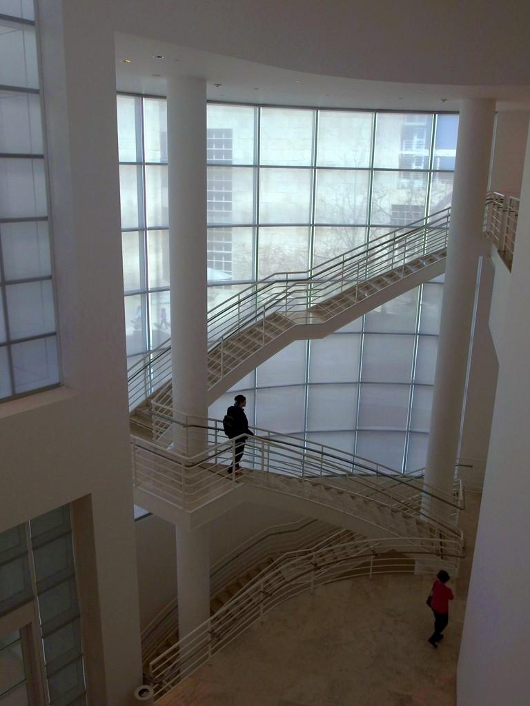 Centrum Gette'ego wnętrze klatki schodowej by Dorota Kunecka